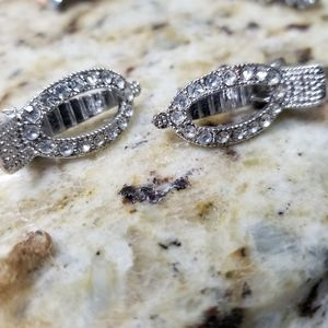 Two Swarovski Crystals hair clip  Vintage